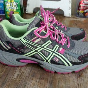 Women's sz 8.5 Asics Gel Venture 5 Trail Shoes